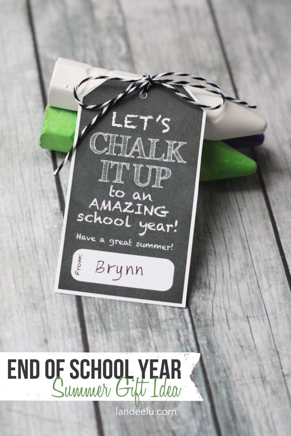 """Free End of School Year Gift Idea: """"Let's Chalk it Up"""" Printable #247moms"""