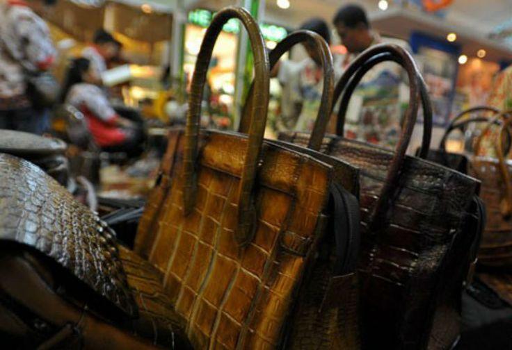 Pasar Jepang dan Amerika Serap Kerajian Kulit Dari Bali | Bisnis | Arah.Com
