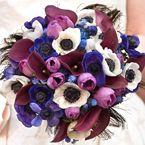 purple flowers / wedding bouquet / wedding flowers