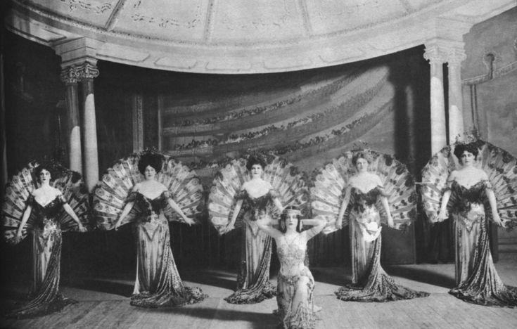 The first Ziegfeld Follies, 1907