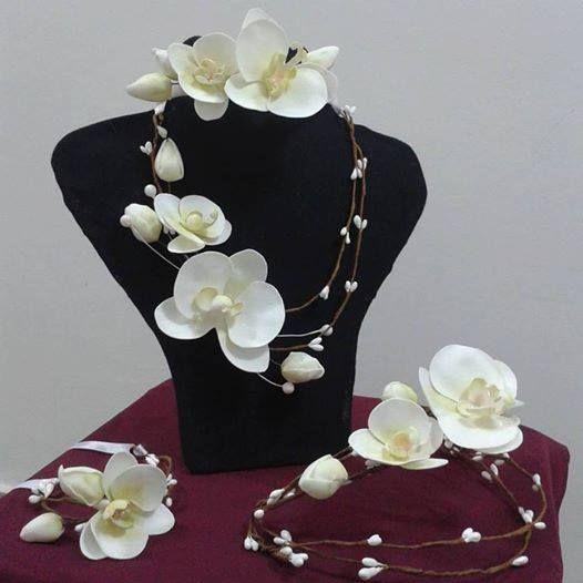 Чудесный набор из фоамирана. Каждый лепесток сделан отдельно вручную. Станет замечательным дополнением к этническому или свадебному наряду. Продается. A lovely wreath of flowers on her head.The product is sold. свадебный венок, украшение на голову, wedding wreath of flowers, венок из цветов фоамиран, Weddingaccessories, ФОМ #украшениепраздника #цветыизфоамирана #обручсцветами , foamiran flower, accessoriesforaphotoshoot #аксессуарыдляфотосессии