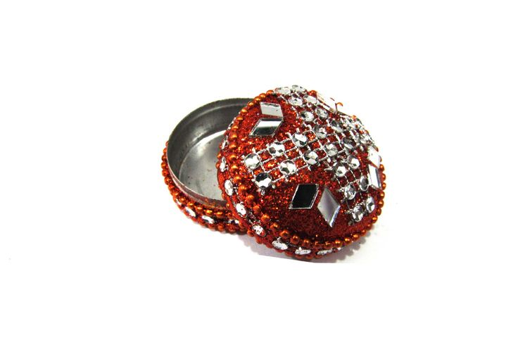 Online handicraft  DESIGNER LAKH DABBI ONLY - 150 .Rs.. SHIPPING FREE # COD AVAILABLE # EASY RETURN  Just Click - http://rajranibangles.com/product-lakh-handicraft-1072.aspx