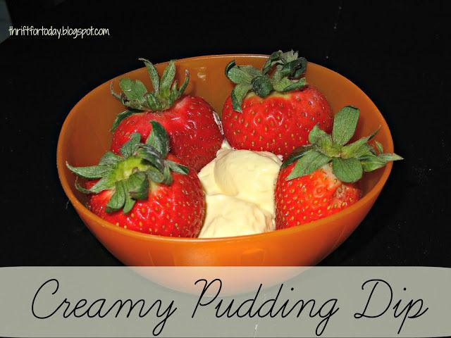 Creamy Pudding Dip #easy #fruitdip #whippedcream #instantpudding
