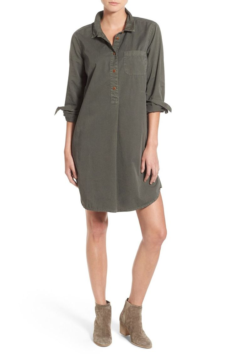This easy-fitting shirtdress is both laid-back and polished thanks to well-tailored details, including a crisp spread collar, button cuffs and a curved hem.