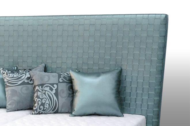 Luxusná manželská posteľ s vysokým čelom Neli | sedackybeta.sk