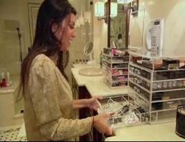 Kardashian Make Up Organizer I Want These Dressing