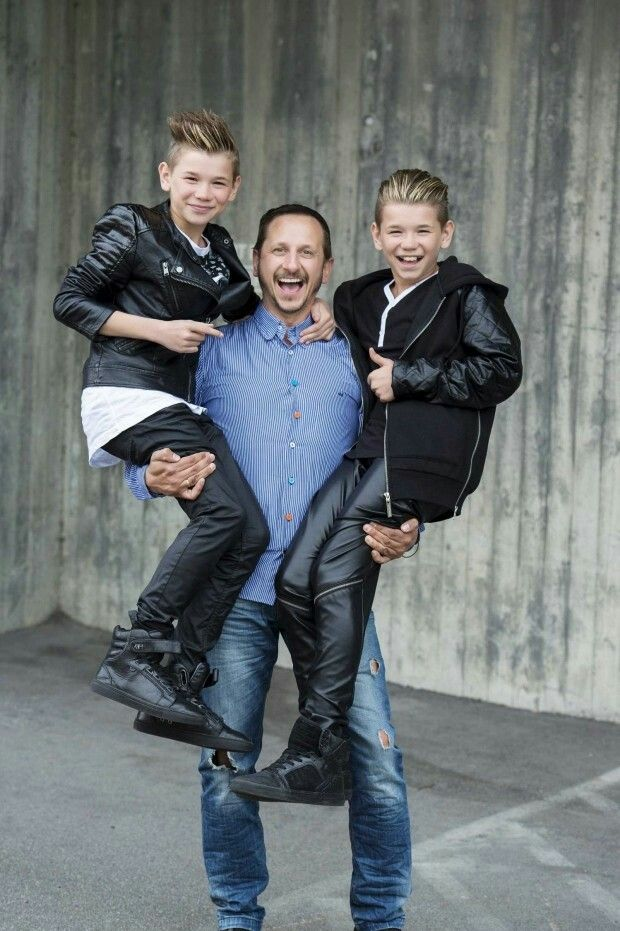 Mac and Tinus with their dad
