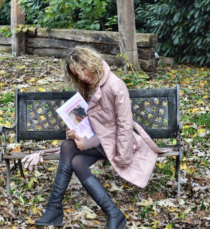 #iomisentocarriebradshaw  Presentazione del mio libro  Sabato 19 dicembre ore 17.30  Mantova, Portico Torre dell'Orologio  #booklaunch  #carriebradshaw #sexandthecity #book #fashion