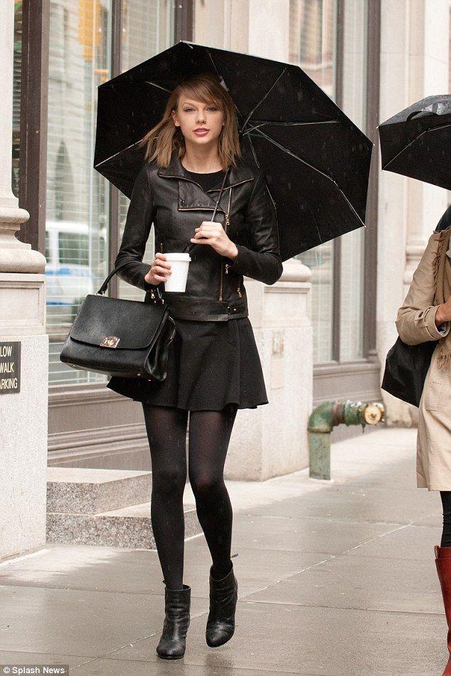 Taylor Swift in Total Black : Flared Skirt + Skinny ...