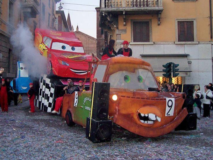 carro di carnevale