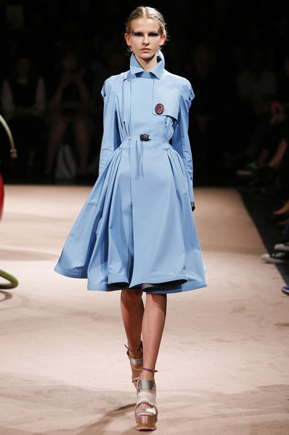 See the Undercover Spring 2015 runway show on Vogue.com.