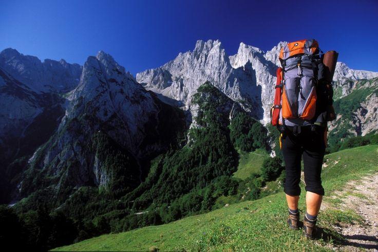 Wandern in den Alpen: Frühjahrs-Wanderrouten