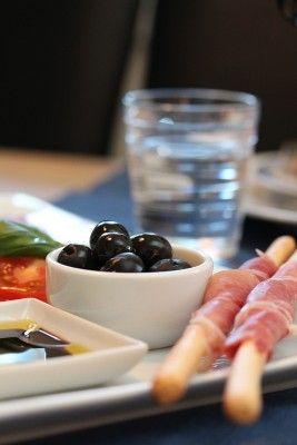 Når du skal servere mat til mange - tips til koldtbord/buffet - TRINEs MATBLOGG