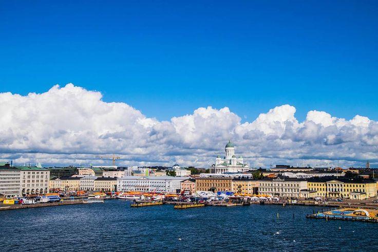 View of Helsinki from the sea #helsinki #finland #market #street #helsinkidesignstreet #travel #architecture #sky #europe #sea #houses #keskusta #picoftheday #show #pictures #photos #helsinkisecret #goodbye #visithelsinki #myhelsinki #igtravel #tervetuloa # #suomi #visitfinland #visitscandinavia #tuomiokirkko #photoofday #photooftheday #travel