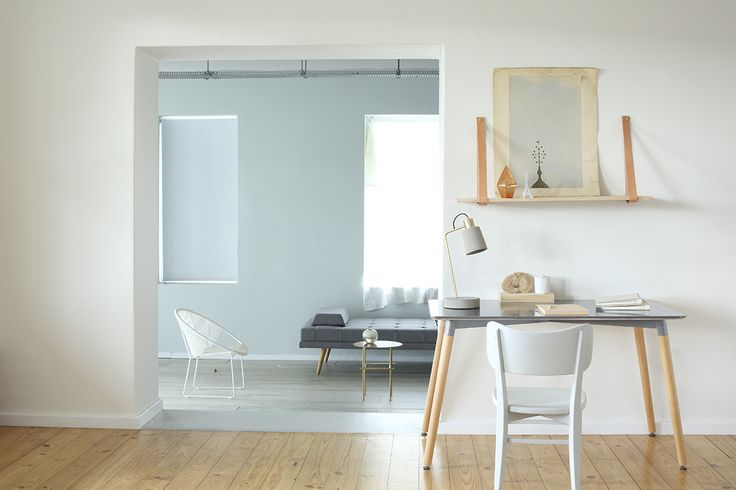 Plascon Evening Mist 1, Plascon Nomadic Dream 56 and Metallic Gold are at the heart of Pause Palette Plascon Colour Forecast 2017