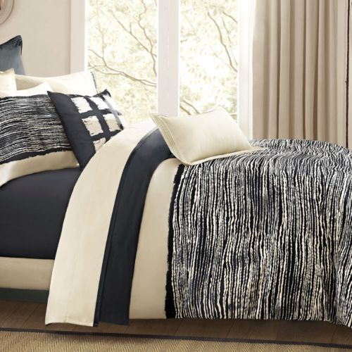Bedroom Ceiling Decoration Ideas Black Teenage Bedroom Simple Bedroom Sets Bedroom Duvet Sets: 25+ Best Ideas About Modern Comforter Sets On Pinterest