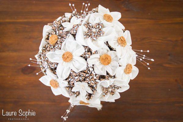 Bouquet De Mari E Original En Fleurs En Tissus Ivoire Et Marron Th Me Rustique Champ Tre Avec
