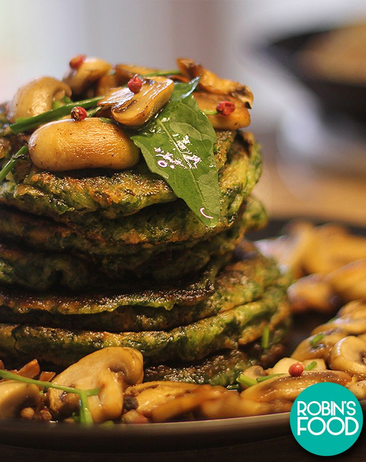 VEGAN SPINACH PANCAKES WITH SHROOMS
