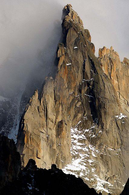 Grands-Charmoz (3445 m) Mont Blanc Chamonix, France photo by Tomas Meson via Flickr