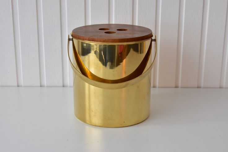 Großer Arne Jacobsen Stelton Eiskühler Messing large brass ice bucket Denmark