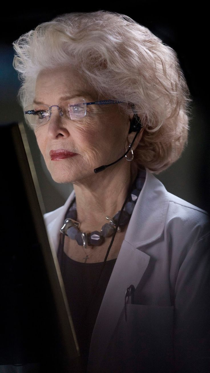Ellen Burstyn age 80, acting over five decades and is on set for roll in movie 'Chickadee' 2013