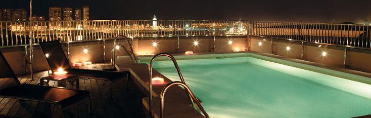 Hoteles en Malaga centro. Molina Lario.  - http://hotelesconencanto.org.es/hoteles-en-malaga-centro-molina-lario-en-malaga-centro-con-piscina/