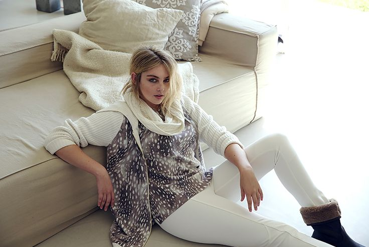 Crispry winter mornings draped in neutral toned knits and animalier, stay warm in indulgent eco fur and bold black leathers. Look at the Marina Rinaldi sport Collection!