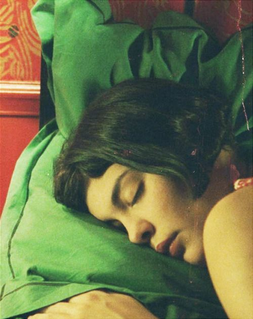 """""""She'd rather imagine herself relating to an absent person than build relationships with those around her."""" Amélie (2001)"""