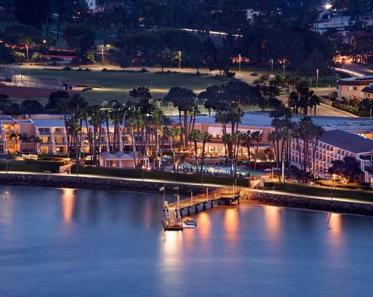 Marriott Coronado | www.rtwgirl.com