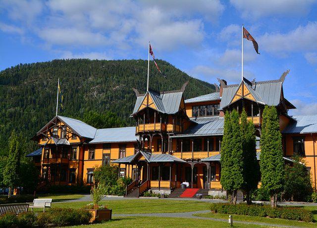 Dalen hotel, Telemark by Mona Bjørnstad, via Flickr