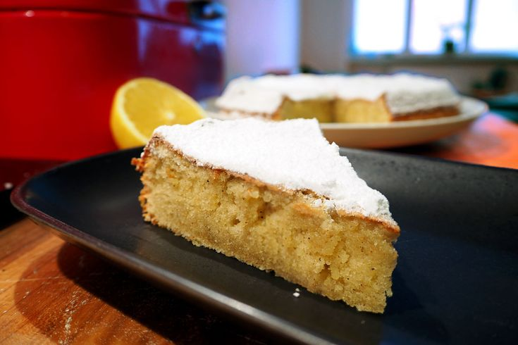 This olive oil sponge cake will make you cry from joy at the first bite.