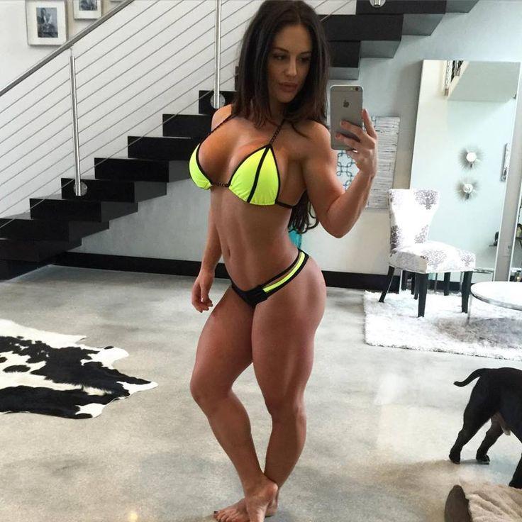 Kaitlyn wwe hot — img 4