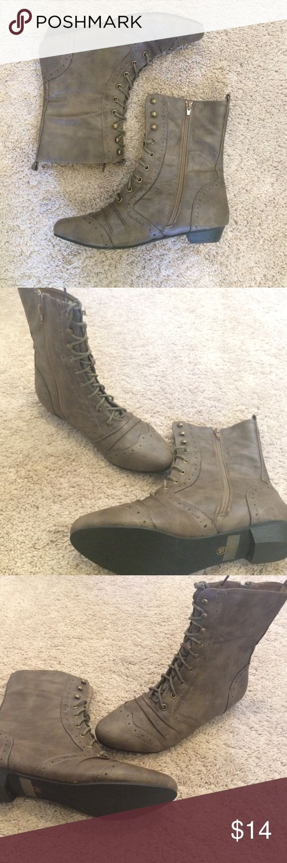 Size 10 lace up Oxford combat boots Never worn vintage looking lace Oxford boots Shoes Combat & Moto Boots