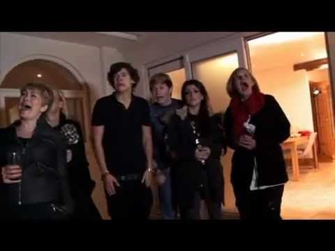 When I need a laugh I just watch the part where Harry is screaming over and over again its hilarious