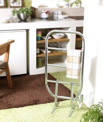 スウェーデンのタオルウォーマー 壁掛け・置き型タイプ 洗面所にタオル ... タオルウォーマー 壁付けタオルラック付タイプ