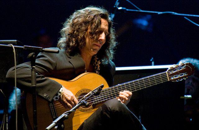 The flamenco guitarist Tomatito.