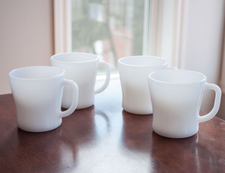 4 tasses blanche federal glass vintage blanche de la boutique 3rvintages sur Etsy
