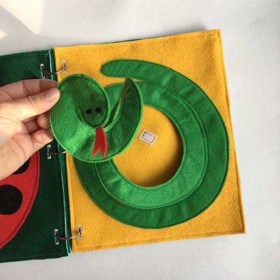 Quiet Snake Book Page; Kleinkind, Kinder fühlten sich beschäftigt Bücher, Reiseaktivitäten, ThePinkPenguinShop, Geschenke für Kinder, Lernen  Calm Snake Book Page Kleinkind Kinder | Etsy