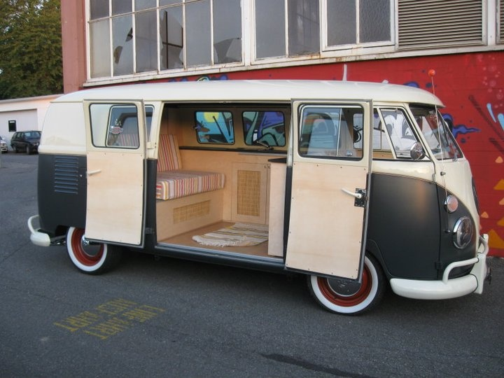vw bus t1 california innen t1 california 2010. Black Bedroom Furniture Sets. Home Design Ideas