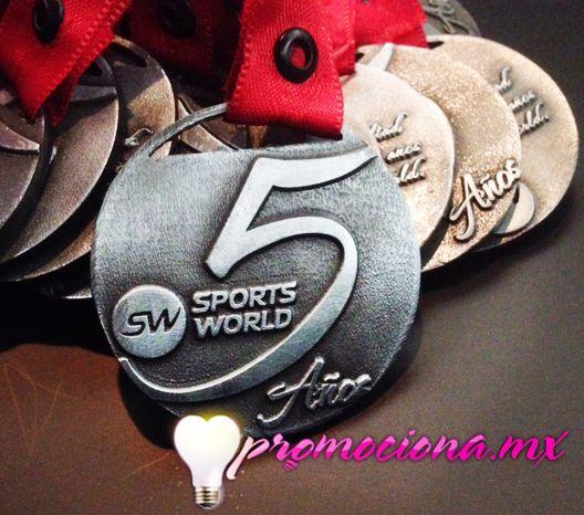 Medalla diseño especial 5 años SW, listón impreso 1 tinta. http://www.promociona.mx/index.php/medalla-dise-o-especial.html