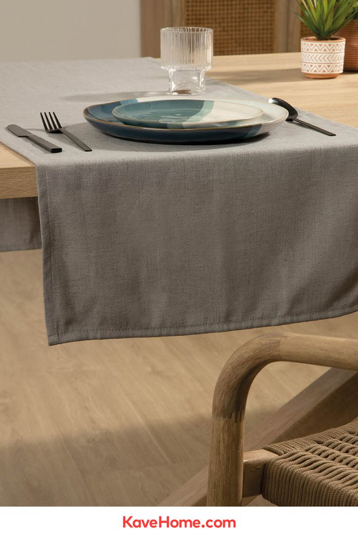 Grey Samay 4 Individual Place Mat Set Kave Home En 2020 Table Scandinave Table Basse Commode Moderne