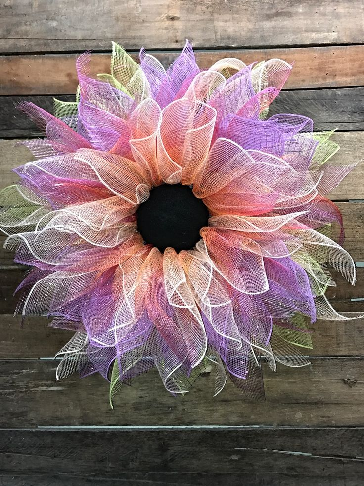 Spring Wreath, Summer Wreath, Flower Wreath, Spring Door Wreath, Decorative Wreath, Door Wreath, Home Décor Spring is definitely in the air with this bright beautiful flower wreath to dress up your front door! This wreath is stunning! I will be making more color combinations so keep checking back to see! This full, colorful deco mesh flower wreath