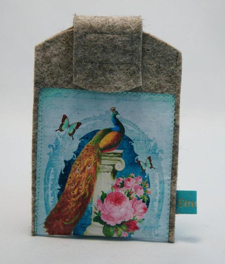 Beautiful Peacock   Handytasche aus Designfilz für alle gängigen Modelle aus 100 % Designfilz  Made by EmmaLou