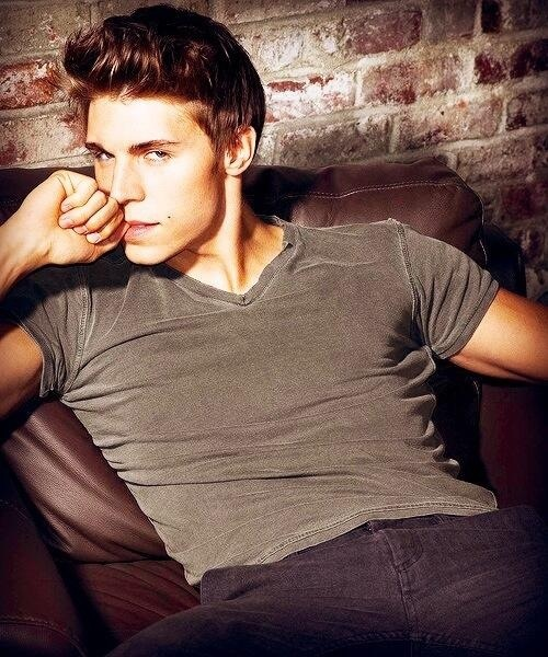 Nolan Funk - Collin from Awkward ;) He can speak fluent French. SEXY!!!!!!!!!!!!!!