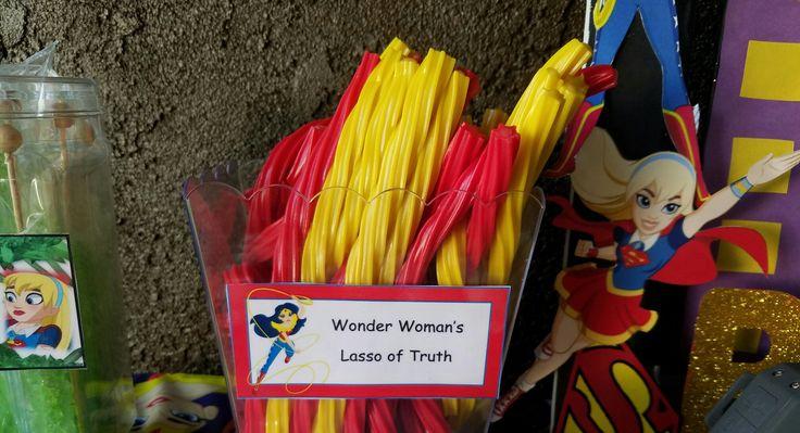 DC Super Hero Girls Snack Bar Wonder Woman's lasso of truth licorice