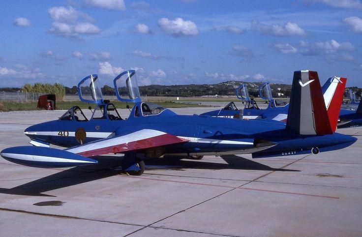 Armée de l'Air-Aircraft slide - FOUGA MAGISTER- N°464-1993- Patrouille de France in Collections, Photographies, Avions, trains, bateaux | eBay