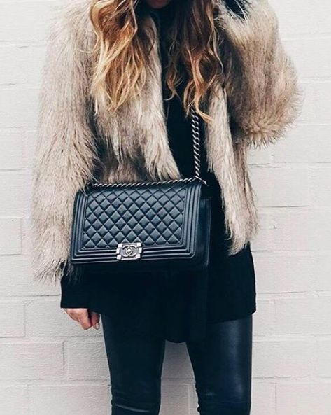 furry coat + black quilted purse | fall/winter fashion | street style