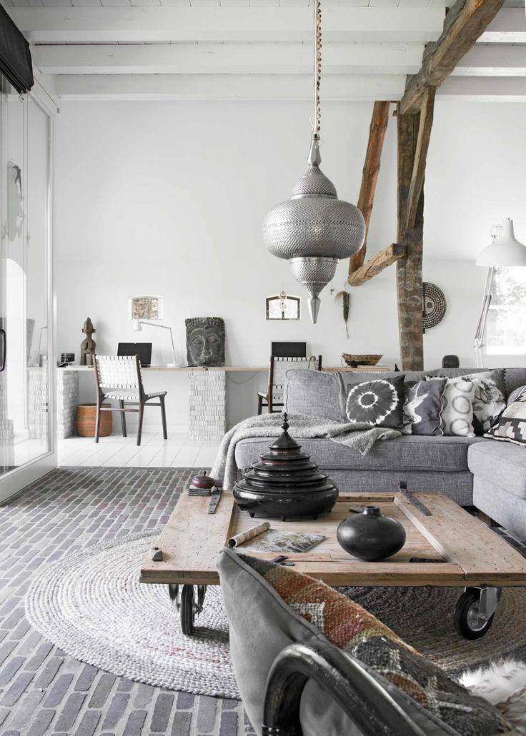 Interior: The renovated farm house – seaofgirasoles