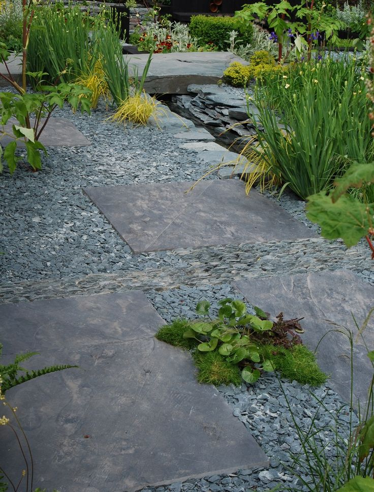 Slate In The BBC Great Chelsea Garden Challenge At RHS Chelsea 2016,  Showing The Variety