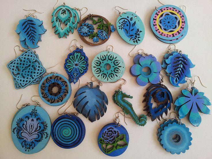 hand-painted earrings blue2